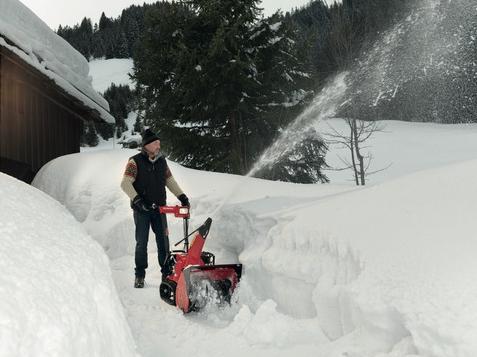 Pásová sněžná fréza Honda HSS 655 HT-1